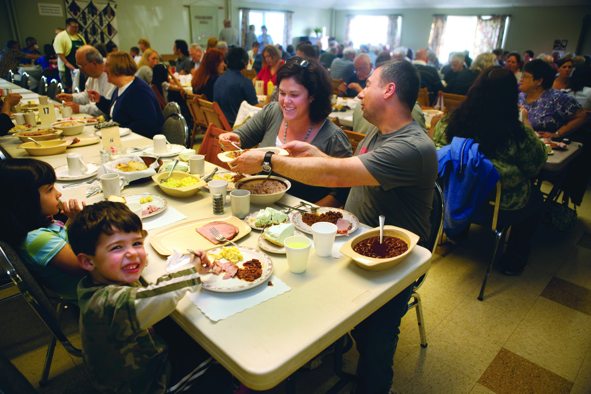 Maine S Bean Supper Is A Tradition That Dates Back Centuries And May Have Its Roots With The Pilgrims Who Made Baked Beans And Brown Bread The Night Before