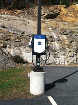 EV-ChargingStation_photo_1_WEB
