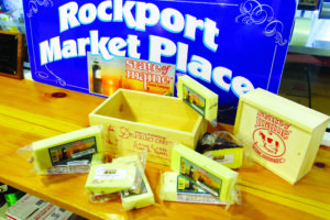 State of Maine Cheese is a conventional and certified organic cheesemaker. Home to the Rockport Marketplace, they offer a wide selection of fine Maine products and cheese tastings.